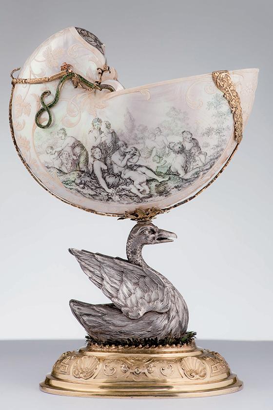 Copa nautilo, finales del siglo XVII-principios del XVIII.