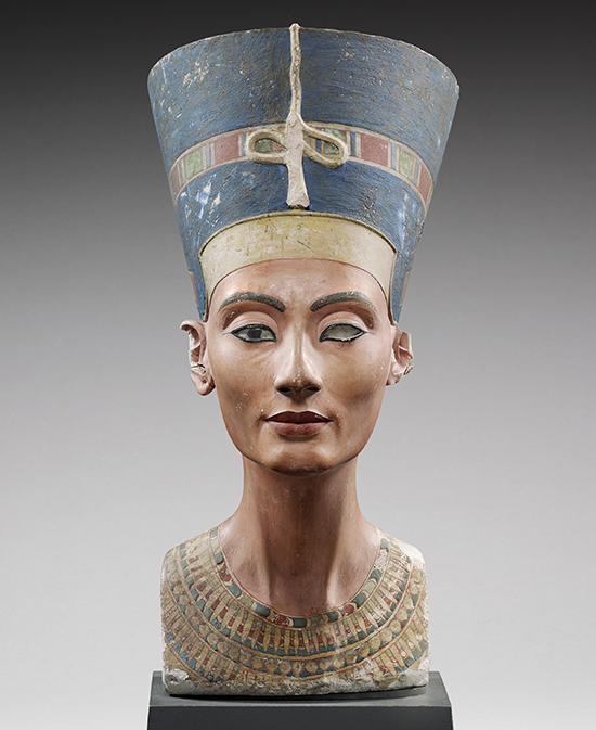Busto de la reina Nefertiti, alrededor de 1340 a. C.